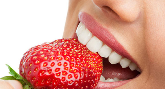 strawberries for healthier Teeth