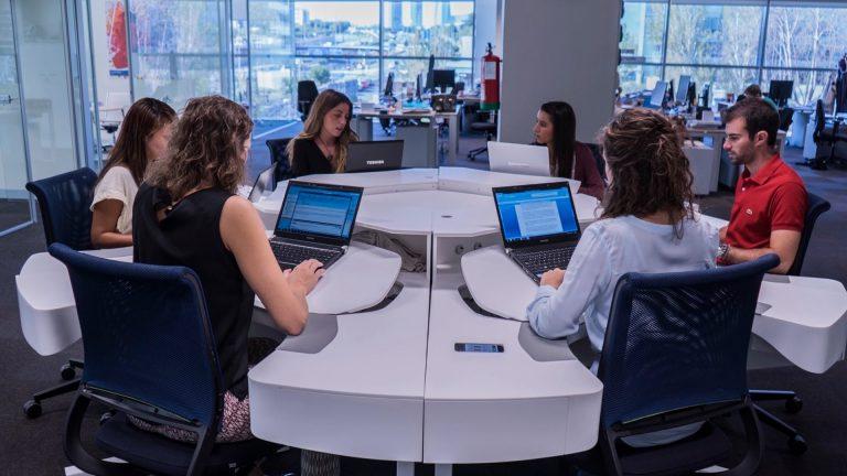 The Collaborative Smartdesk